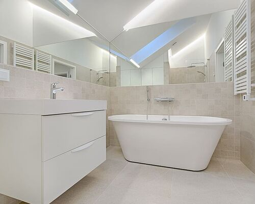 bathroom-bathtub-cabinet-contemporary